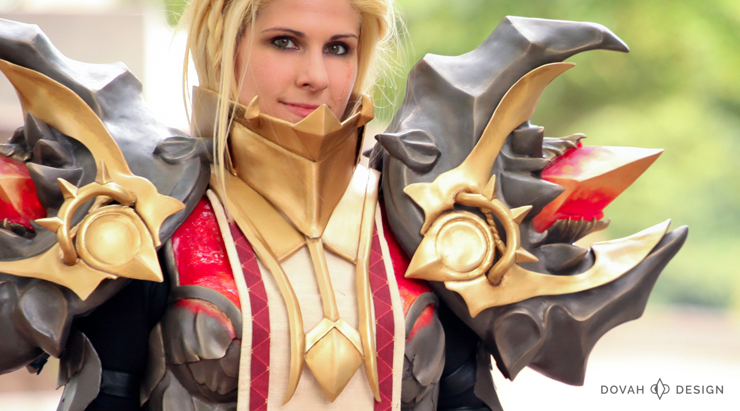 Diablo 3 Armor of Akkhan Crusader cosplay, close up on shoulders and chest.